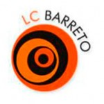 Logotipo da LC BARRETO. Cliente da Peixe Voador.